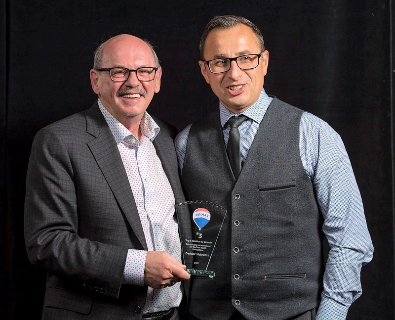 derek hulewicz #3 top realtor in remax edmonton